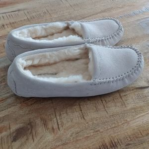 6 7 ugg slippers cream beige woman's